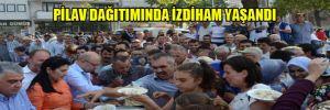 Yine bir AKP rezaleti:Pilav dağıtımında izdiham yaşandı