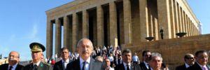 Kemal Kılıçdaroğlu Anıtkabir'de