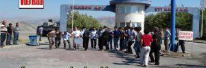 Elazığ'da maden işçileri iş bırakma eylemi yaptı
