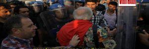 Taksim'de arbede: 13 gözaltı