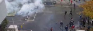 Yer: İstanbul… Taraftarlar birbirine girdi!..