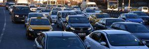E-5'te kaza! Trafik yoğunluğu yaşandı