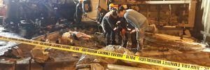 Başkent'te freni boşalan alçı yüklü TIR devrildi! Bir ölü