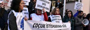İl Sağlık Müdürlüğü önünde '115 hamile çocuk' protestosu