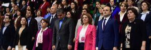 CHP'de kadınlar yeni başkanını seçiyor