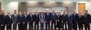 Ak Parti İstanbul'da 14 ilçenin başkan adayları açıklandı