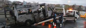 Samatya Sahil Yolunda minibüs alev alev yandı