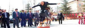 Hakkari'de Nevruz ateşini kayyum yaktı