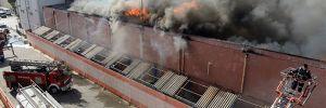 Mersin'de depo ve fabrikada yangın