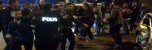 Park halindeki lüks otomobile çarpınca çıkan kavga karakola taşındı