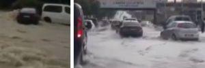 Ankara'da sağanak sonrası araçlar yolda kaldı, iş yerlerini su bastı