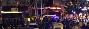 İstanbul'da ilçe seçim kurulu önünde CHP'liler toplanmaya başladı