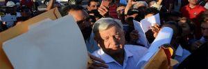 Tarifeli uçakta 3 saat bekleyen yeni Meksika Devlet Başkanı lüks başkanlık uçağını satmakta ısrarlı