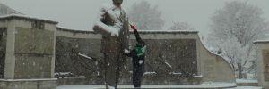 Kayseri'de belediye işçisi Ata'yı kar altında bırakmadı