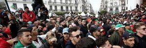Cezayir'de ordu Buteflika'nın istifasını istedi