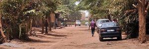 Silahlı grup köye saldırdı: Çok sayıda ölü var