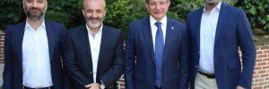 Rusya'nın Sesi, Davutoğlu'nu konuk eden Yavuz Oğhan'ın sesini kesti!