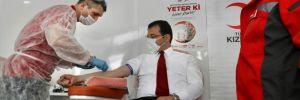 İmamoğlu Kadıköy'de önce itfaiyeyi ziyaret etti, sonra cuma namazı kıldı ardından da kan bağışı yaptı