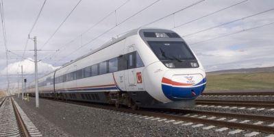 Yüksek hızlı tren yine raydan çıktı: 2 ölü