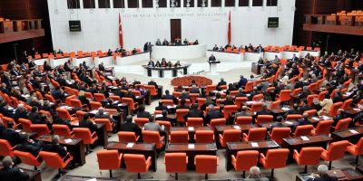 Meclis'te Ulaştırma Bakanı'na istifa çağrısı