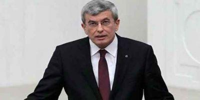 Eski Bakan, Müsteşar İpek görevinden ayrıldı!
