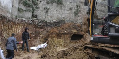 İzmit'te inşaat kazısında tarihi mezar bulundu