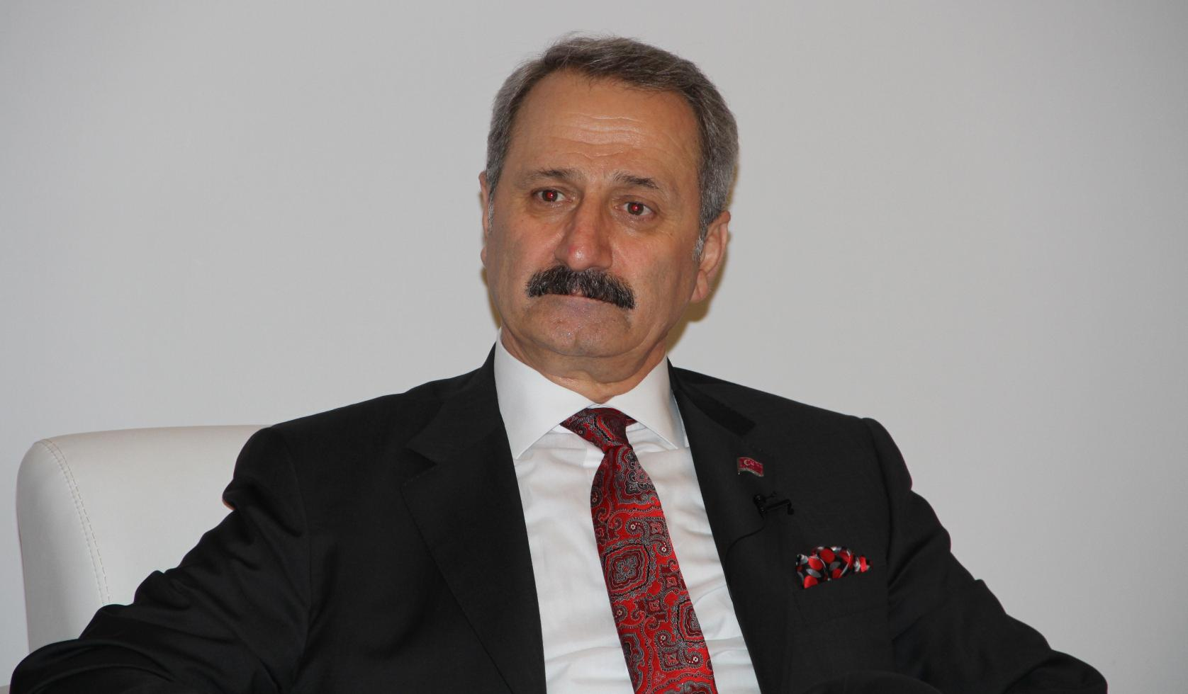 Anasayfa siyaset bakan zafer çağlayan istifa etti