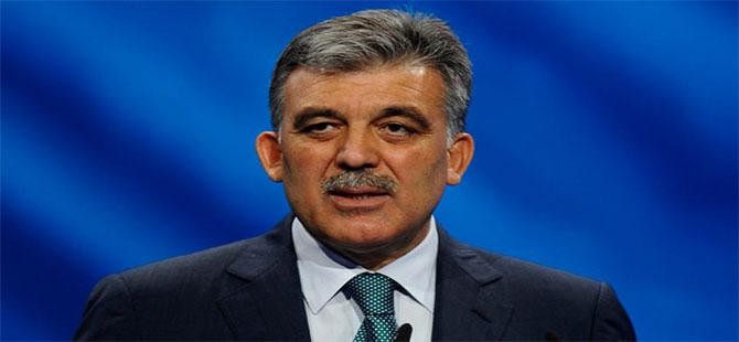 Abdullah Gül ilk kez 30 Ağustos'u kutladı