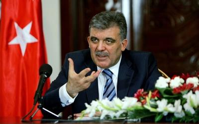 AKP Genel Başkan Yardımcısı 'hain' demişti, Saadet Partisi Abdullah Gül'e sahip çıktı