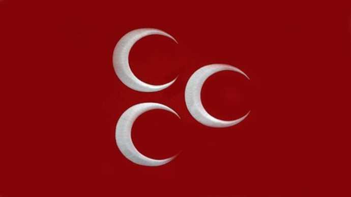 MHP'li isimden cuma namazı tepkisi: Bir tek size mi farz?