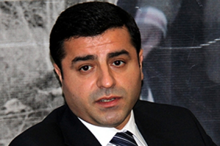Demirtaş'tan hükümet açıklaması
