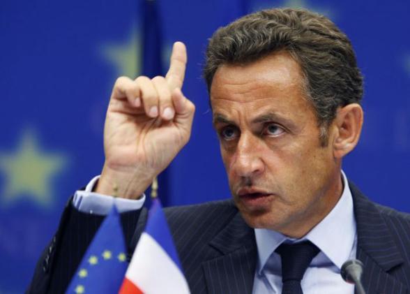 Sarkozy'e 6 ay hapis cezası talebi