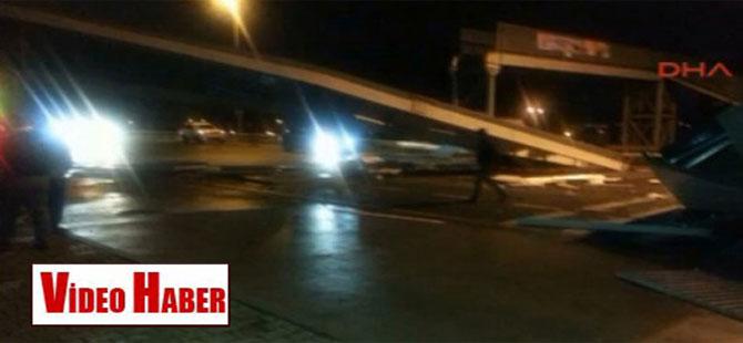 İstanbul'da yine bir üst geçit yıkıldı!