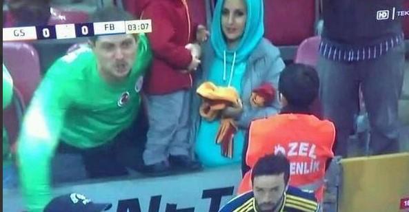 Gökhan Gönül'e küfretti men cezası aldı