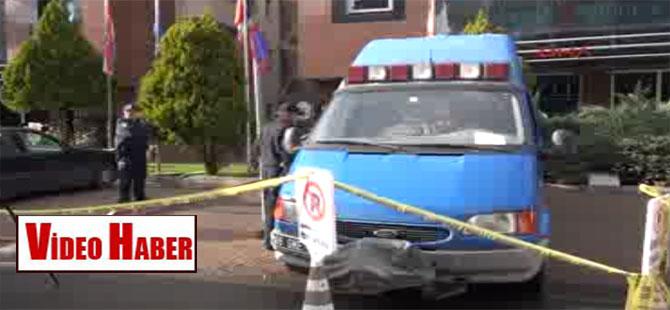 Üç büyükelçiliğin bulunduğu binada 'sarı toz' alarmı