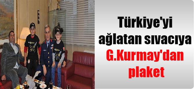Türkiye'yi ağlatan sıvacıya G.Kurmay'dan plaket