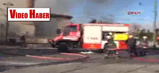 Topkapı Alt Geçidi'nde çok sayıda işyeri yanıyor