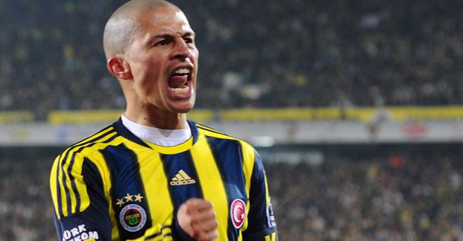 Alex de Souza'dan Fenerbahçe taraftarını heyecanlandıran paylaşım