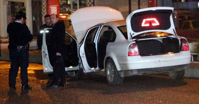 Deposundan LPG sızan otomobil paniğe yol açtı