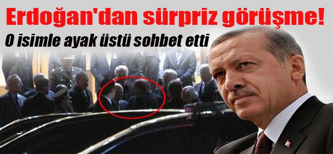 Erdoğan'dan sürpriz görüşme! O isimle ayak üstü sohbet etti