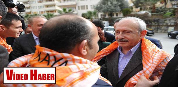 Kılıçdaroğlu, akademisyenlerle buluştu
