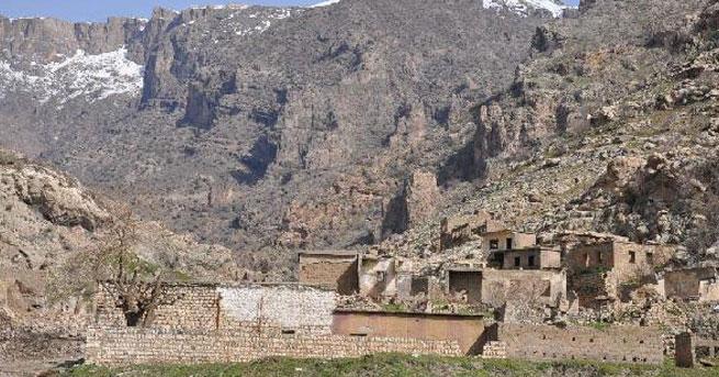 Asurilerin köylerine dönüşü, IŞİD tehlikesine takıldı