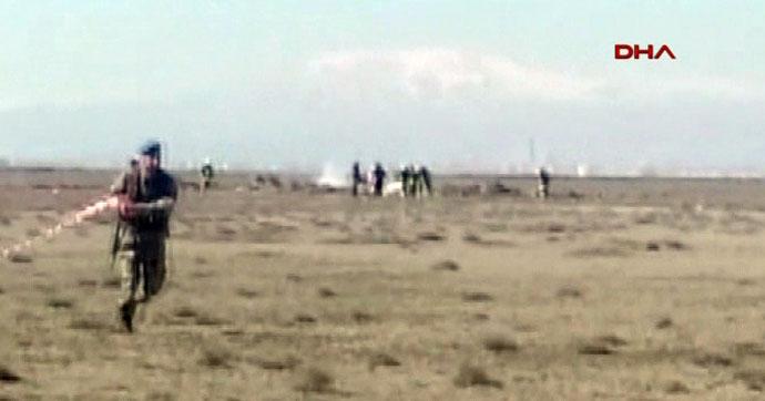 TSK: Konya' da düşen uçakta 2 pilot şehit oldu