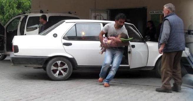 Linç edilmekten polis kurtardı!