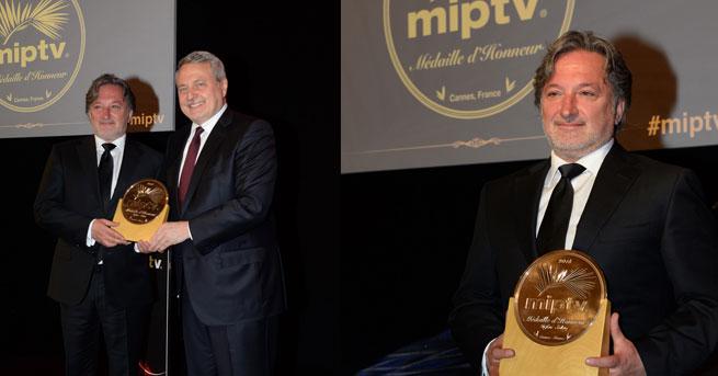 """""""MIPTV Onur Madalyası"""" ilk kez bir Türk'e verildi"""