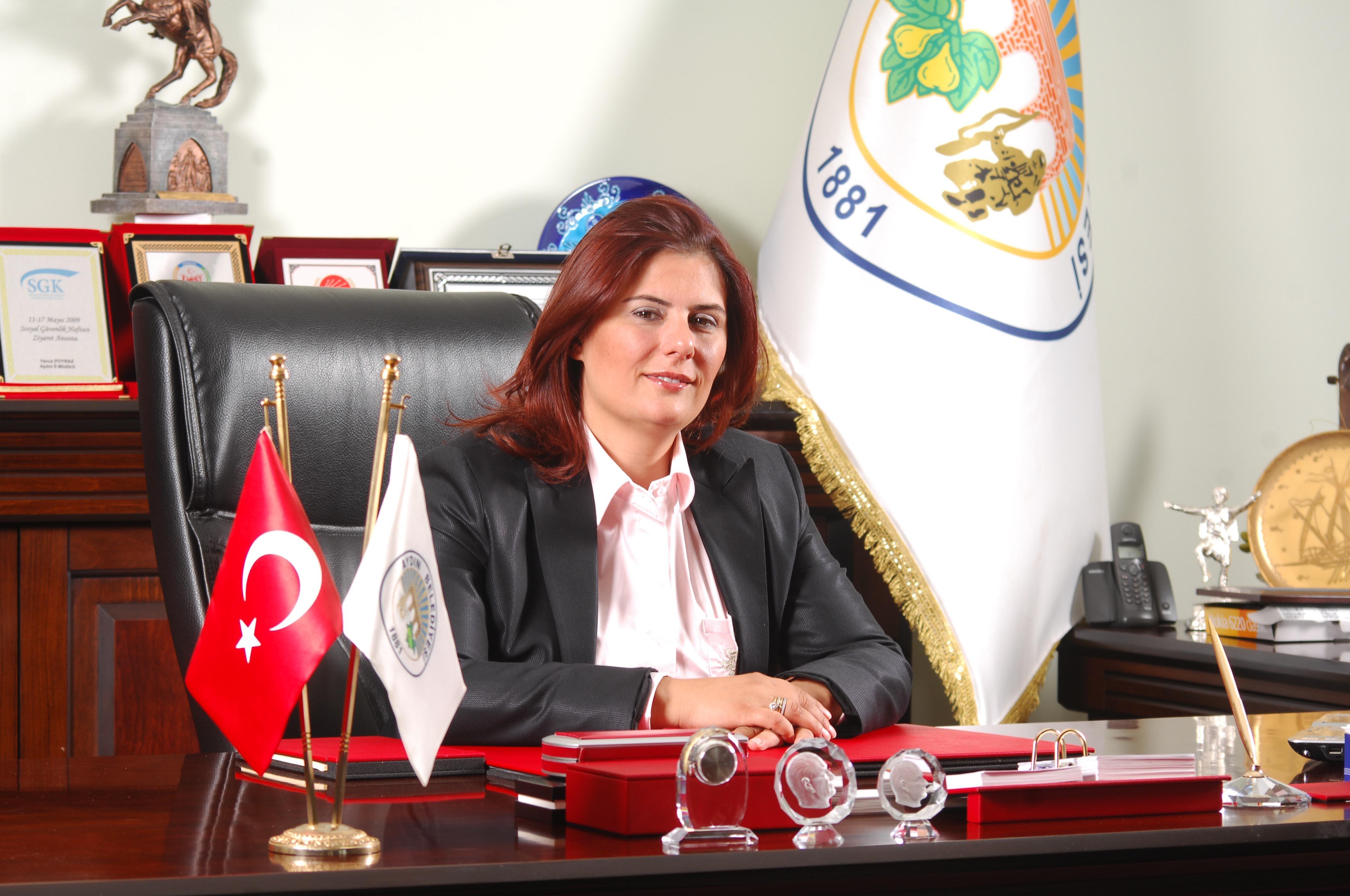 Kurultayı Özlem Çerçioğlu yönetecek!