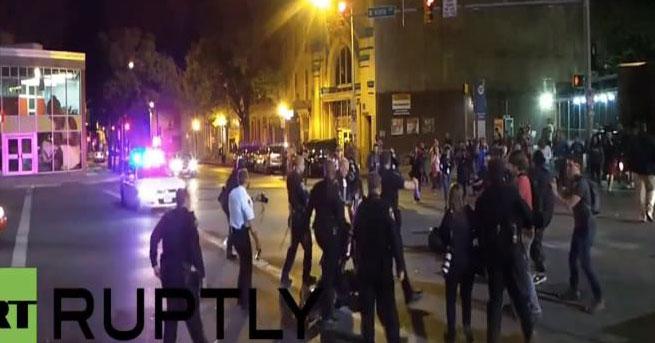 ABD polisinden protestocu gence sert müdahale