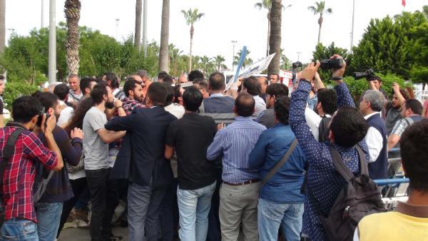 Erdoğan'a hakaret suçlamasıyla 13 kişi gözaltında