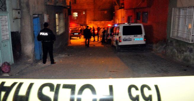 IŞİD'e katıldıkları iddia edilen çiftin aileleri kavga etti:!… 1 polis yaralı!