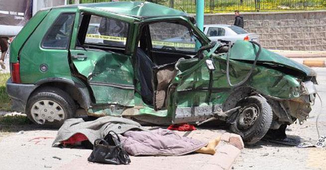 Ürgüp'te kaza: 2 ölü 3 yaralı